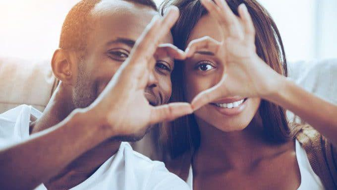 6 Things Happy Couples Always Let Go Of